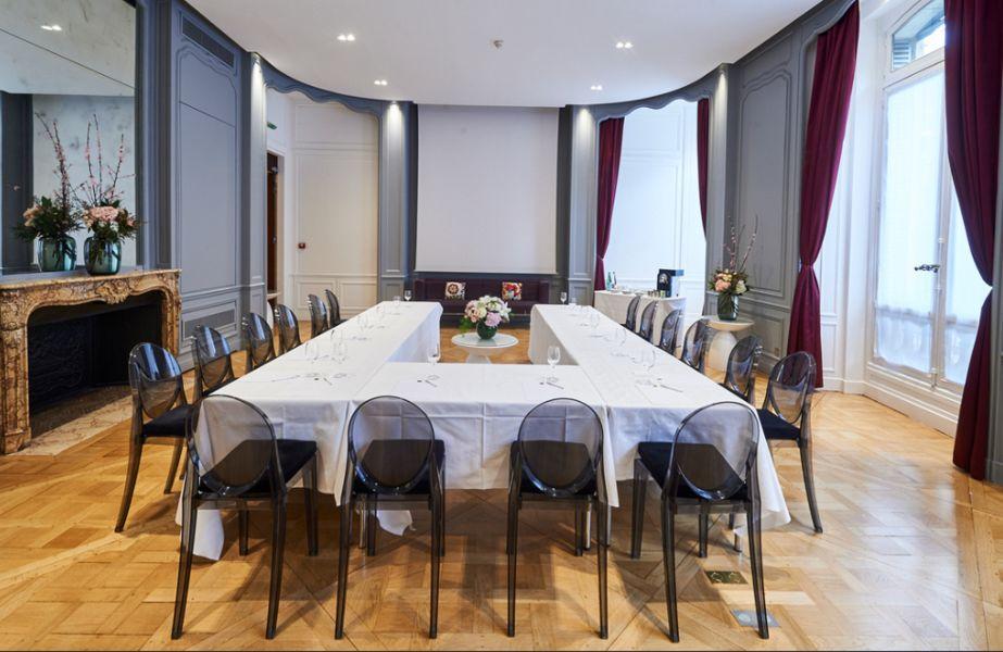 Hôtel De Sers ***** Salon Le Marquis