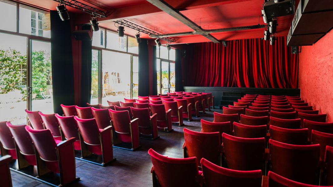 La Compagnie du Café Théâtre Grand Théâtre Anne Roumanoff