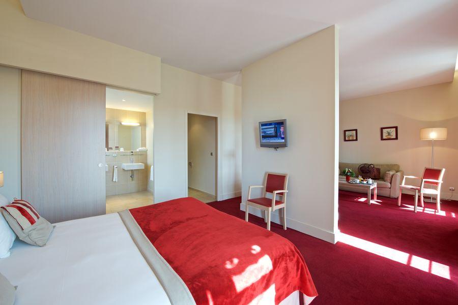 Casino Hôtel du Parc Salies de Béarn*** Chambre Privilège 1 à 3 personnes