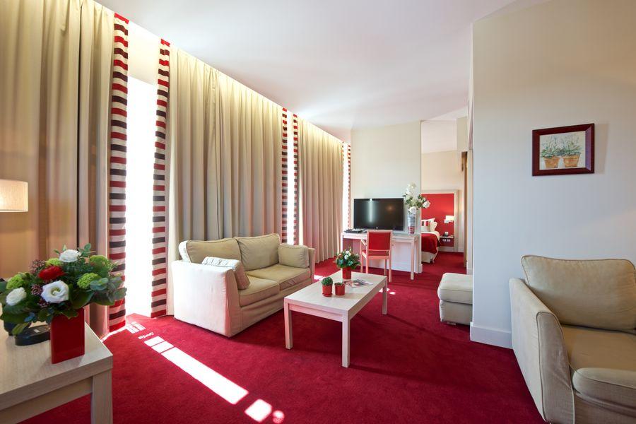 Casino Hôtel du Parc Salies de Béarn*** Suite 2 à 4 personnes
