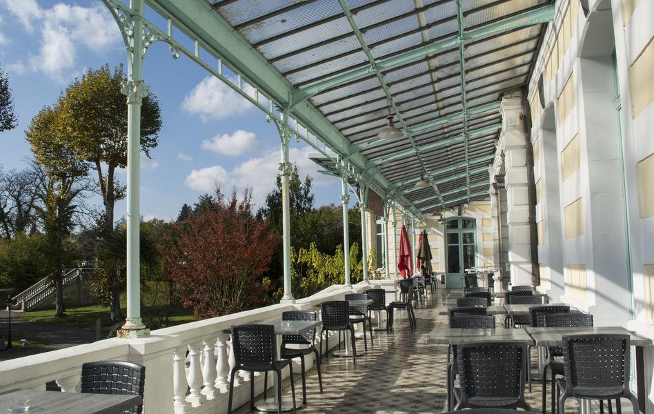 Casino Hôtel du Parc Salies de Béarn*** Terrasse avec vue sur le parc de 2 000 m²