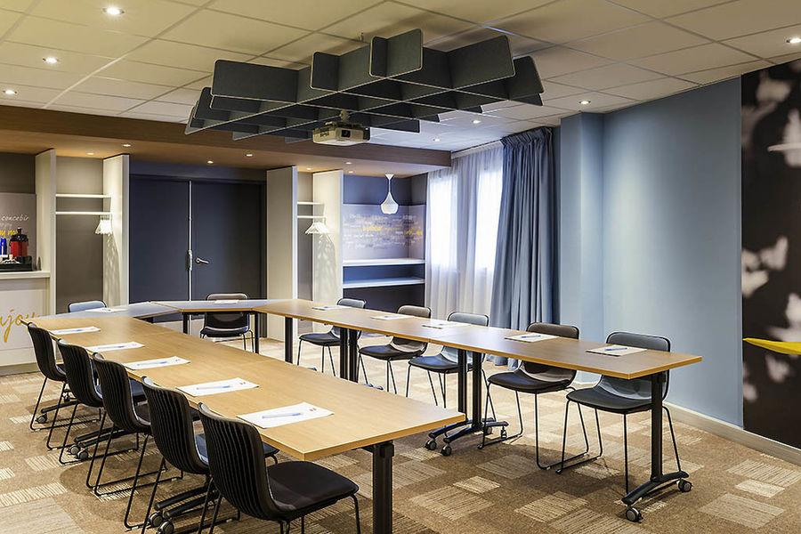 Ibis Troyes Centre Seine 3