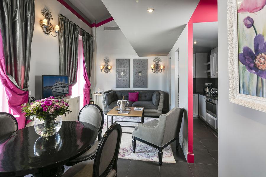 Villa Garbo Cannrd Salon