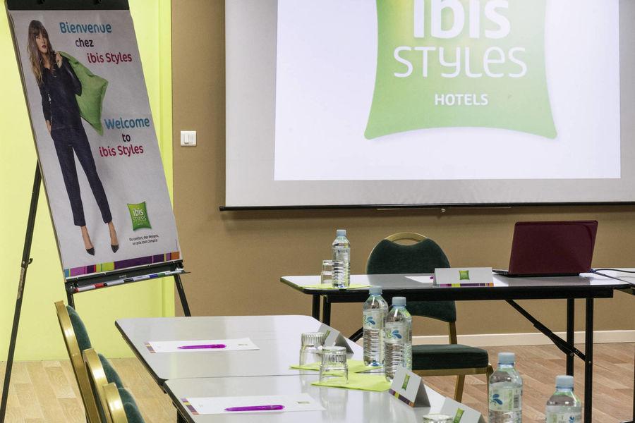 Ibis Styles Bordeaux Gare Saint Jean Salle de séminaire