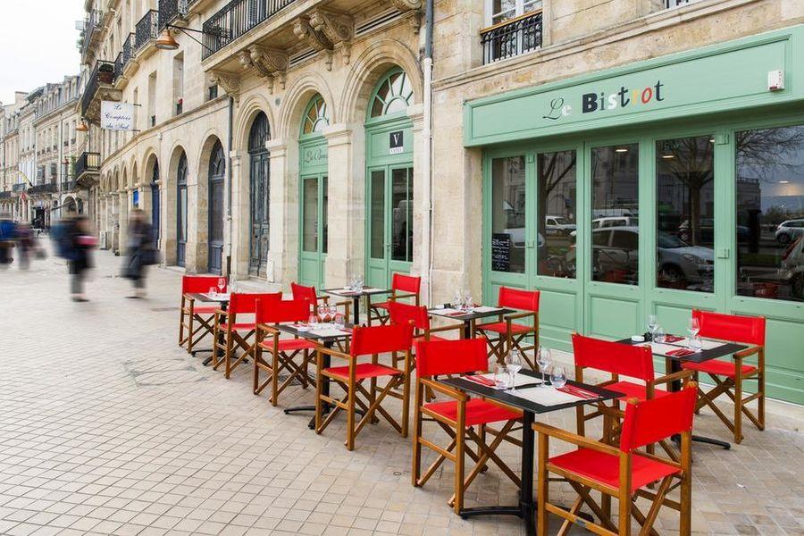 Hotel Vatel **** Terrasse sur rue