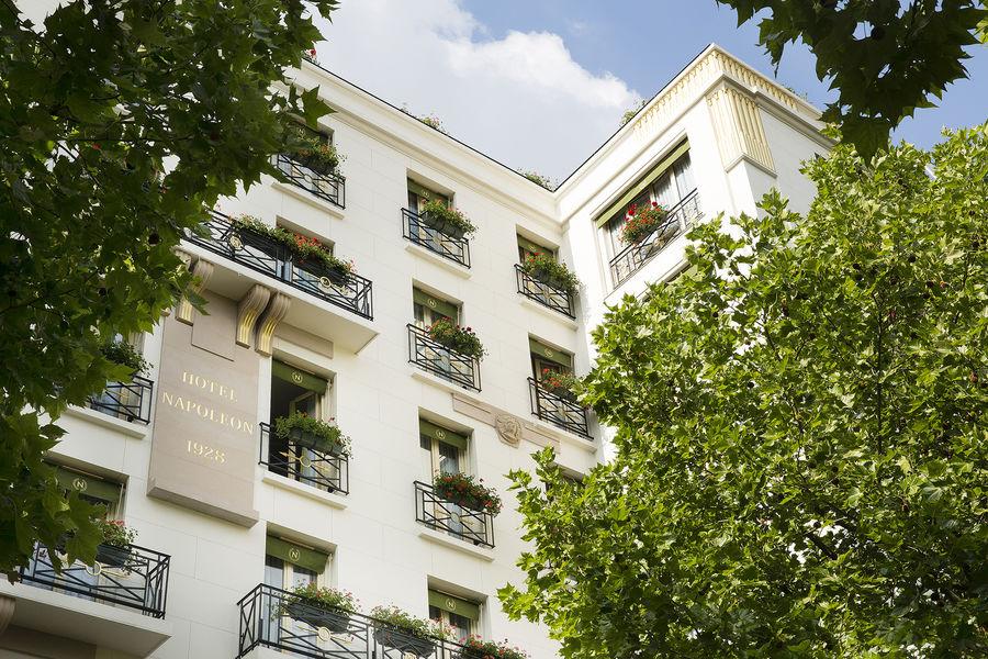 Hôtel Napoléon Paris ***** Façade
