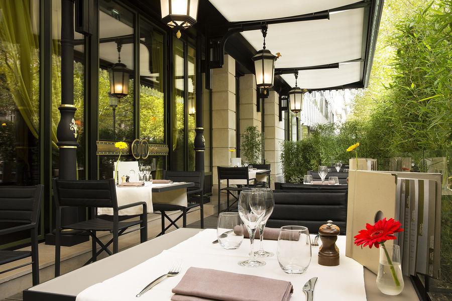 Hôtel Napoléon Paris ***** Terrasse