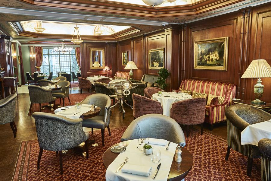 Hôtel Napoléon Paris ***** Restaurant Le Bivouac