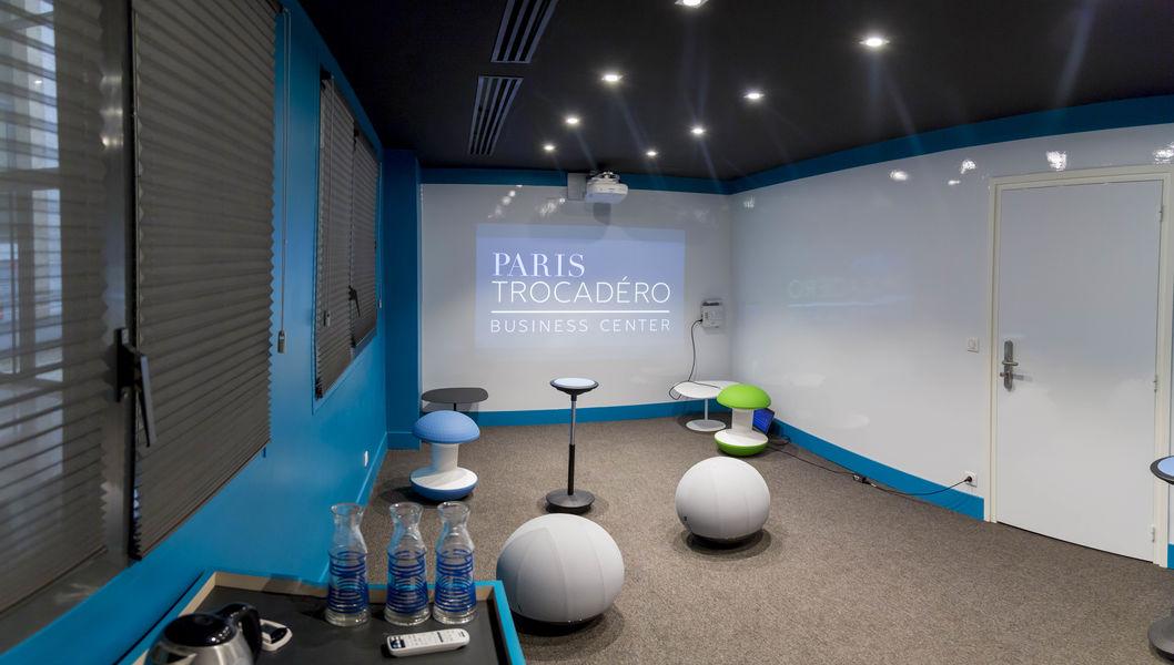 Business Center Paris Trocadéro Beaubourg / Creative Room
