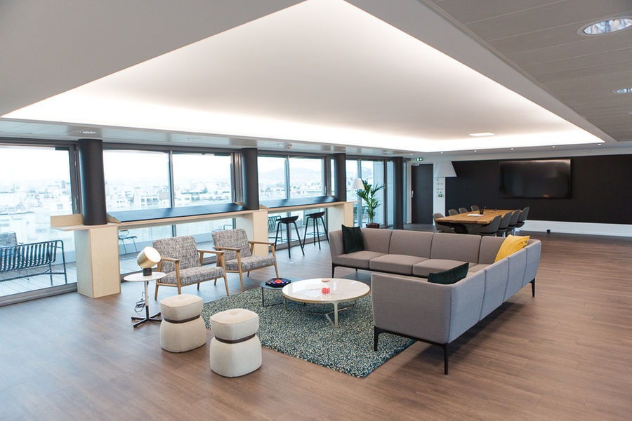 Secondesk 159 Neuilly Suite View