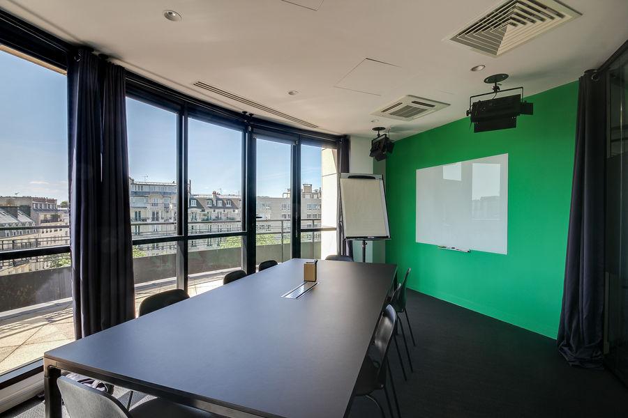 Nextdoor Neuilly 88 Salle Plateau TV