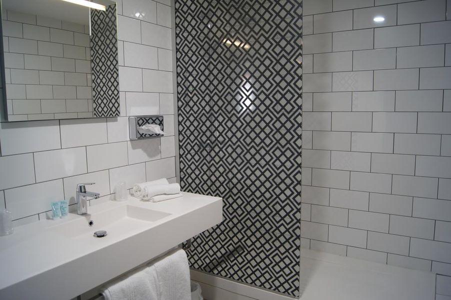 Hotel ibis Styles Auxerre Nord Salle de bain