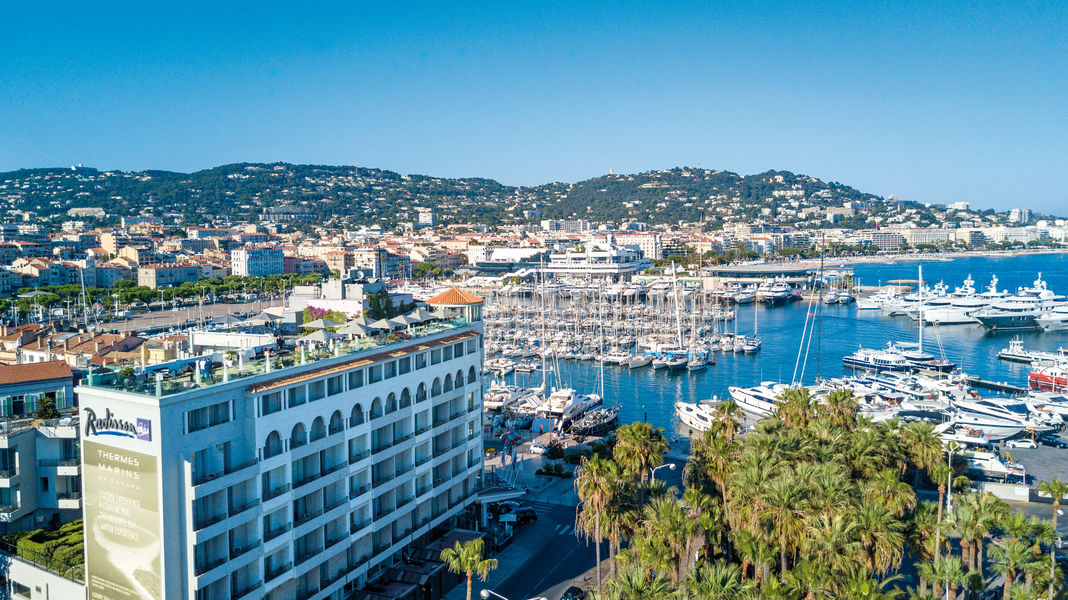 Radisson Blu 1835 Hôtel & Thalasso Cannes ***** View