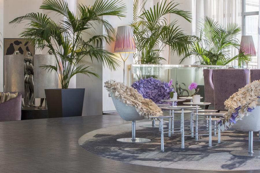 Radisson Blu 1835 Hôtel & Thalasso Cannes ***** Lobby