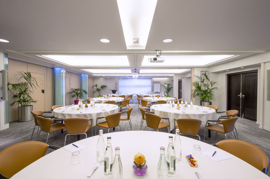 Radisson Blu 1835 Hôtel & Thalasso Cannes ***** Salon Marius 1 & 2