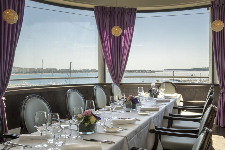 Radisson Blu 1835 Hôtel & Thalasso Cannes ***** Restaurant 360° - Rotonde