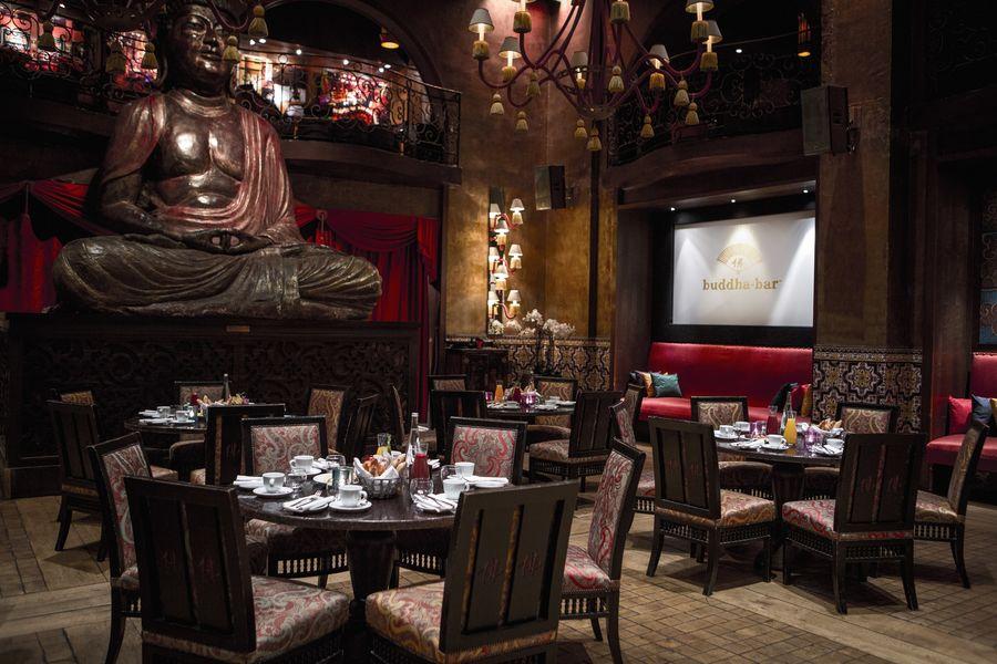 Buddha-Bar Paris Restaurant Salle dorée - Petit déjeuner