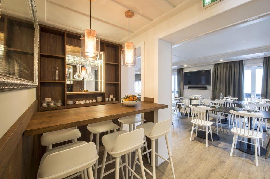 Le Whymper, Chalet & Spa Espace Bar et Salle à Manger
