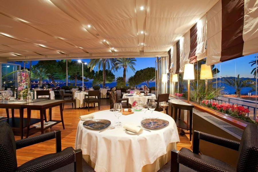 Hyatt Martinez Cannes ***** Restaurant