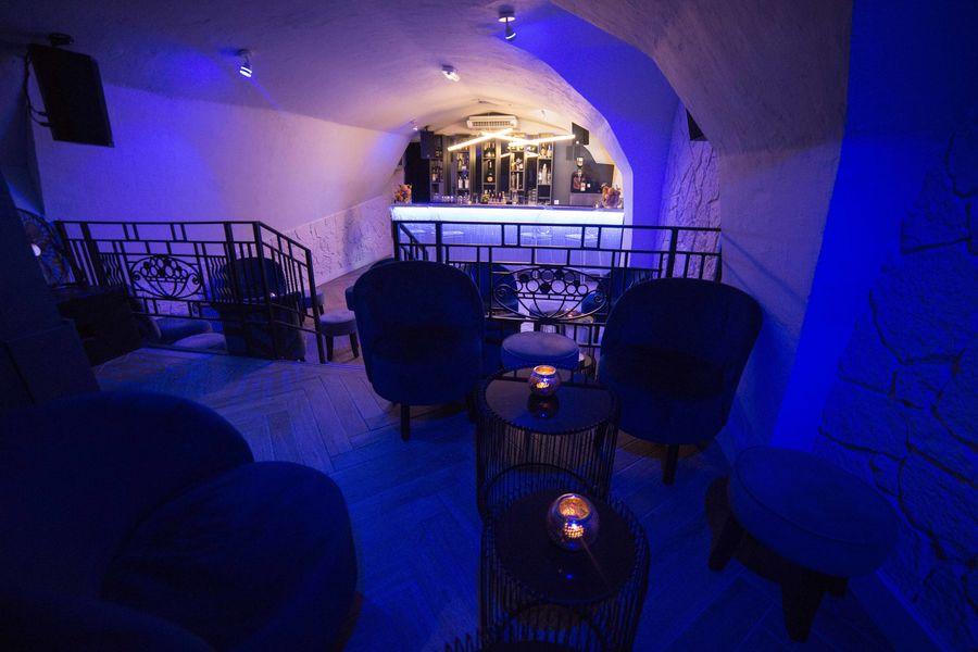 Arbane Cave Voutée Club