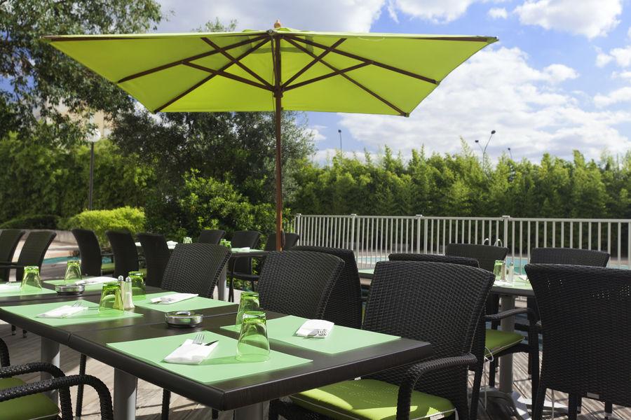 Novotel Paris Orly Rungis **** Terrasse restaurant