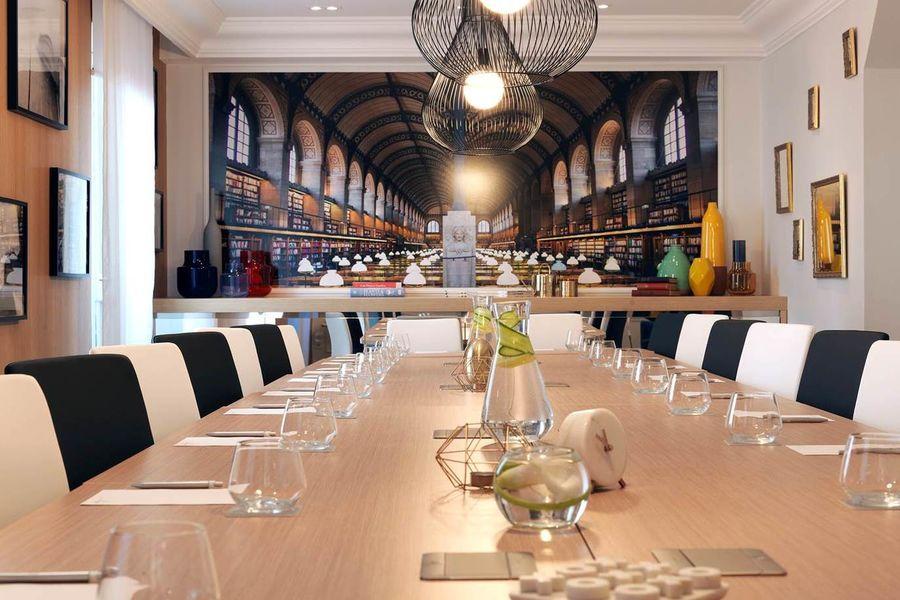 Hôtel Marriott Renaissance Paris Vendôme  ***** L'atelier