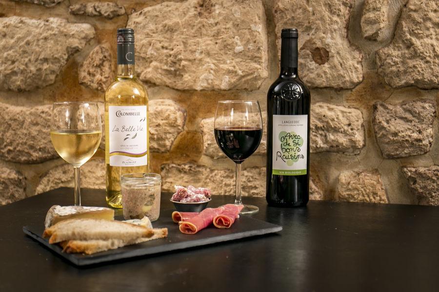 Oboose Paris Six Vin rouge, Vin blanc??? on a aussi du rosé...