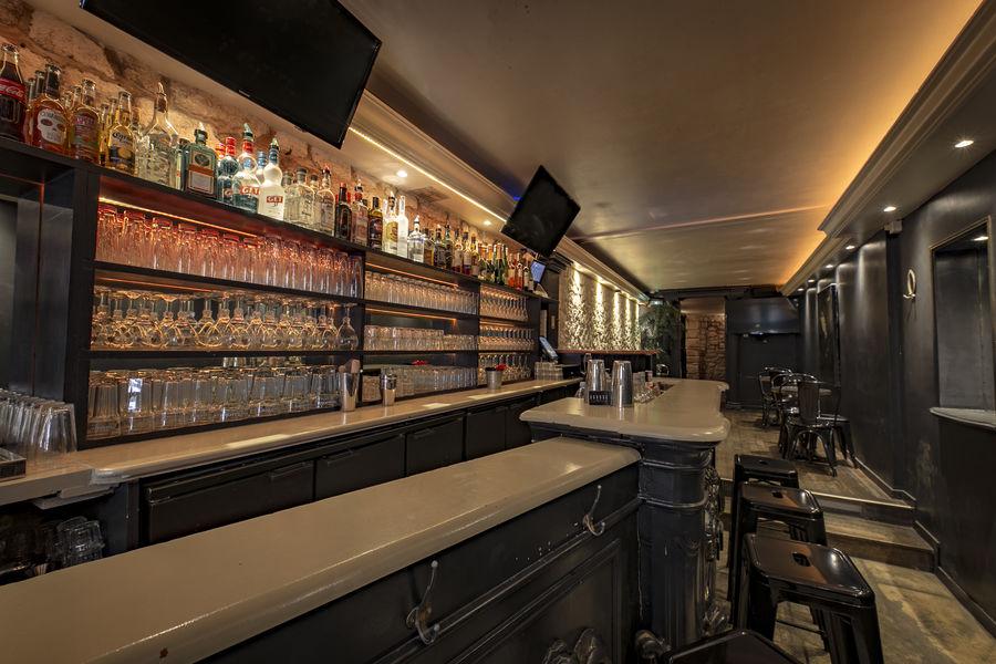 Oboose Paris Six Le bar