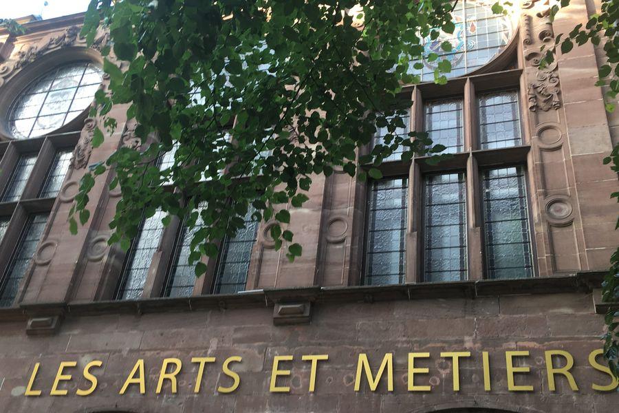 Le Royal- Maison des Arts et Métiers Le Royal- Maison des Arts et Métiers