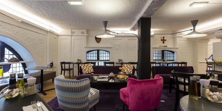 WHSmith Librairie anglaise Salon Velvet