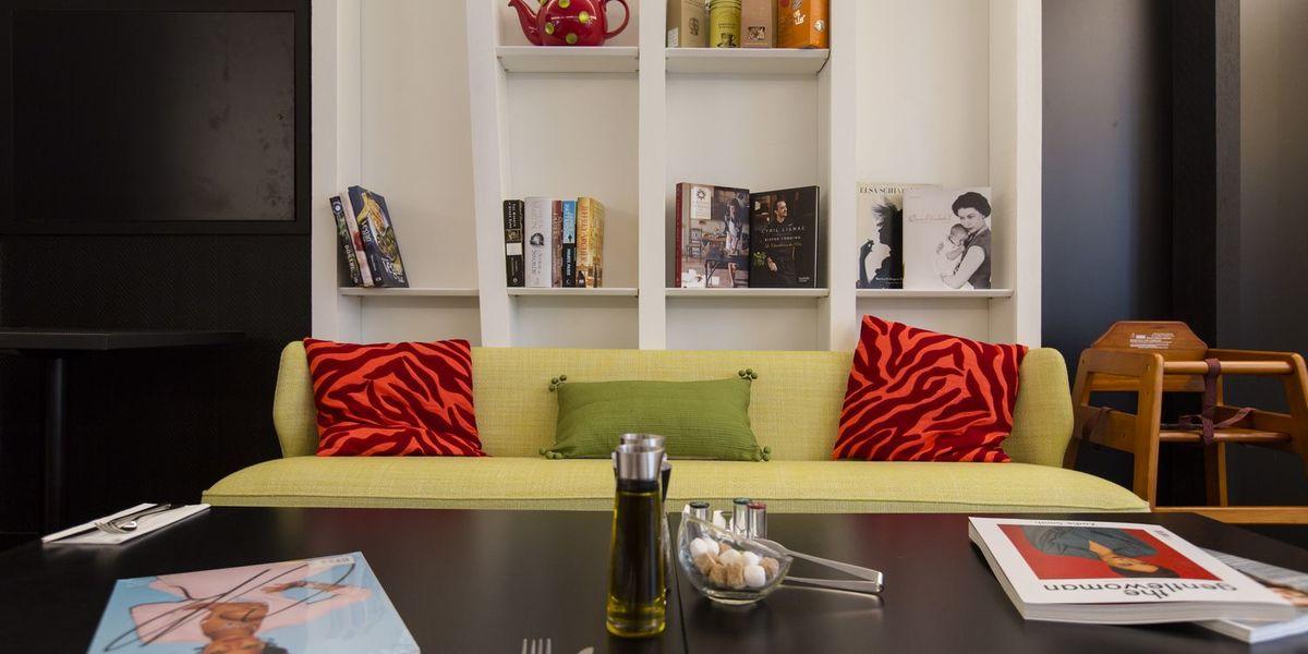WHSmith Librairie anglaise Salon