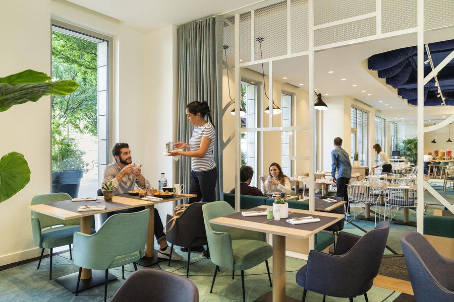 Novotel Paris Centre Gare Montparnasse **** La Bibliothèque