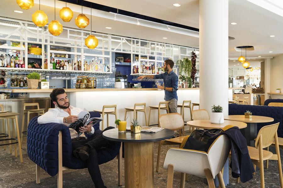 Novotel Paris Centre Gare Montparnasse **** Espace Bar et Coffee Shop