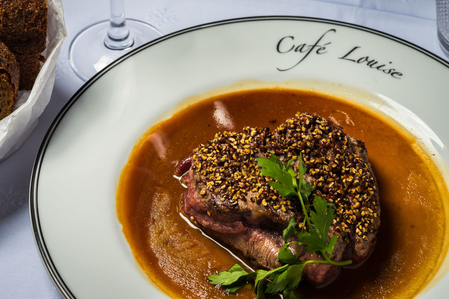 Café Louise Steak au poivre