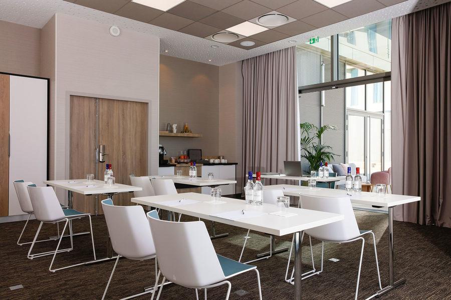 Hilton Garden Inn Bordeaux Centre **** Hilton Garden Inn Bordeaux Centre **** - salle Graves