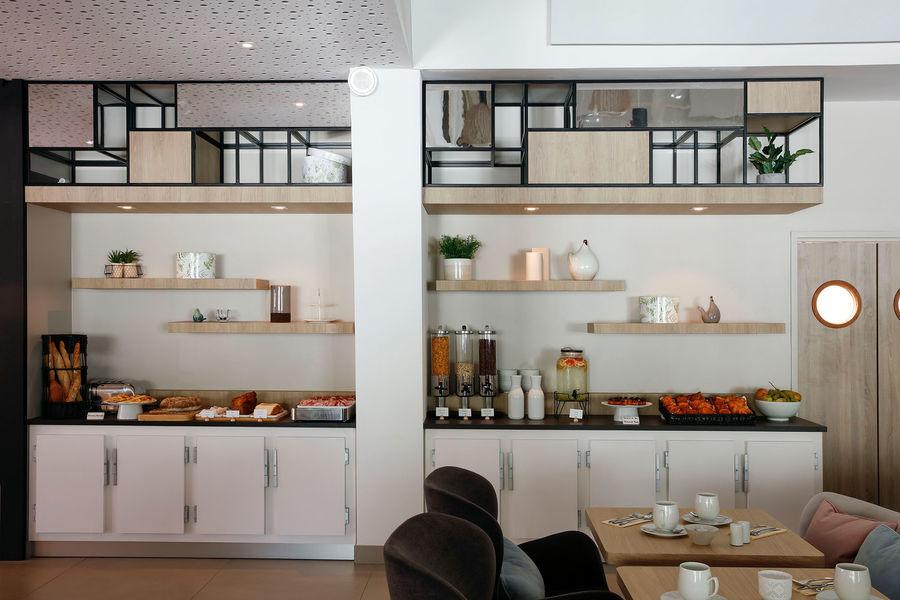 Hilton Garden Inn Bordeaux Centre **** Hilton Garden Inn Bordeaux Centre **** - service petit déjeuner