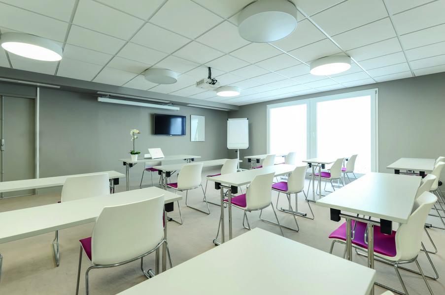 Appart'City Confort Paris Vélizy **** Salle de séminaire