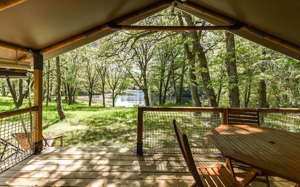 Les Etangs de Taysse Lodge - Terrasse