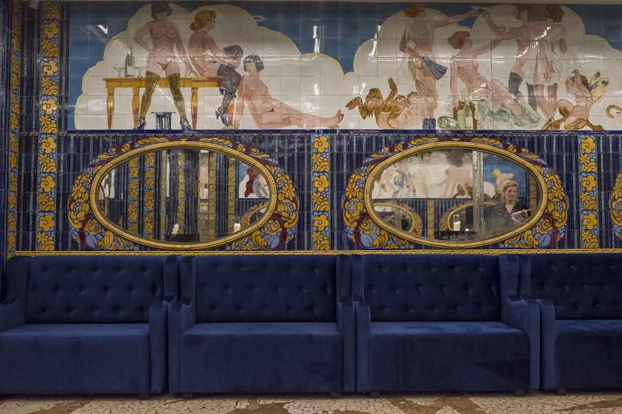 Aux Belles Poules Fresques historiques