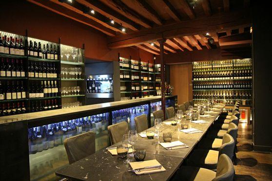Salon vinotheque 20/30 pax