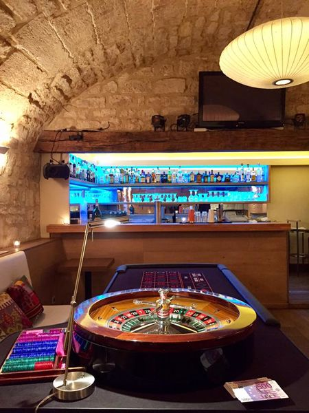 Café Louise Soirée Casino