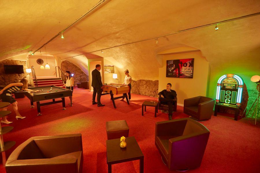 Hôtel Val Vignes caveau, espace détente