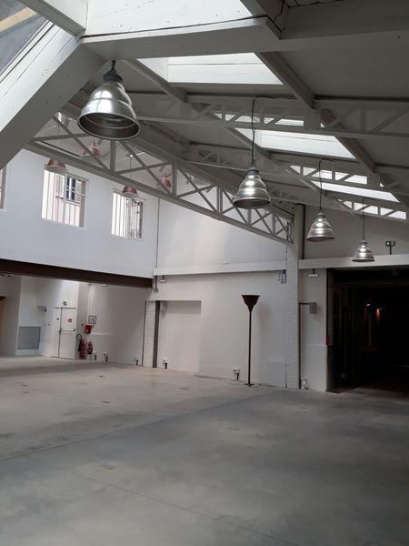 Showroom - Canal Saint Martin 2