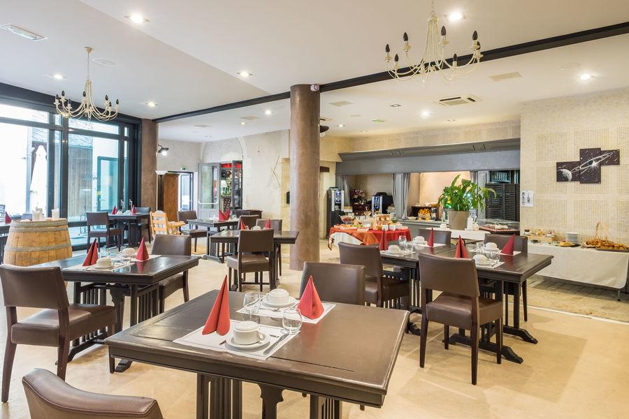 Relais du Silence le Domaine des Thômeaux Salle du restaurant