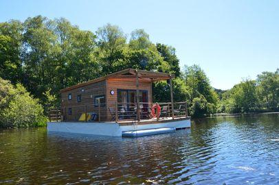 Maison flottante Les Etangs de Taysse