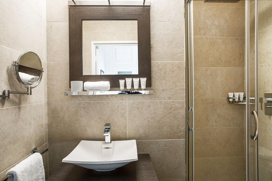 Hôtel le Pigonnet Aix-en-Provence ***** Salle de bain en chambre Classique