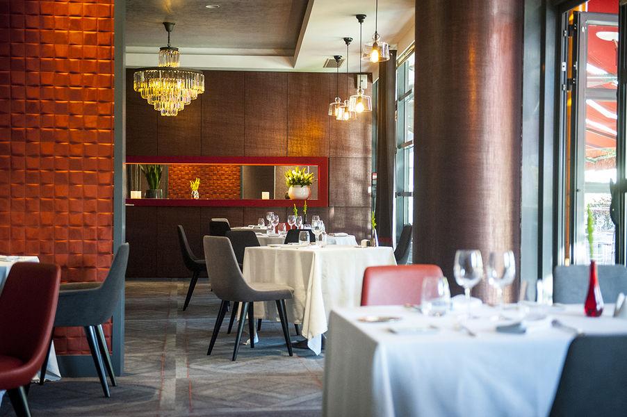 Hôtel Parc Beaumont Pau MGallery by Sofitel ***** Restaurant le jeu de Paume