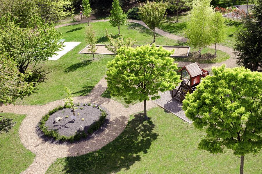 Novotel Clermont-Ferrand *** Jardin
