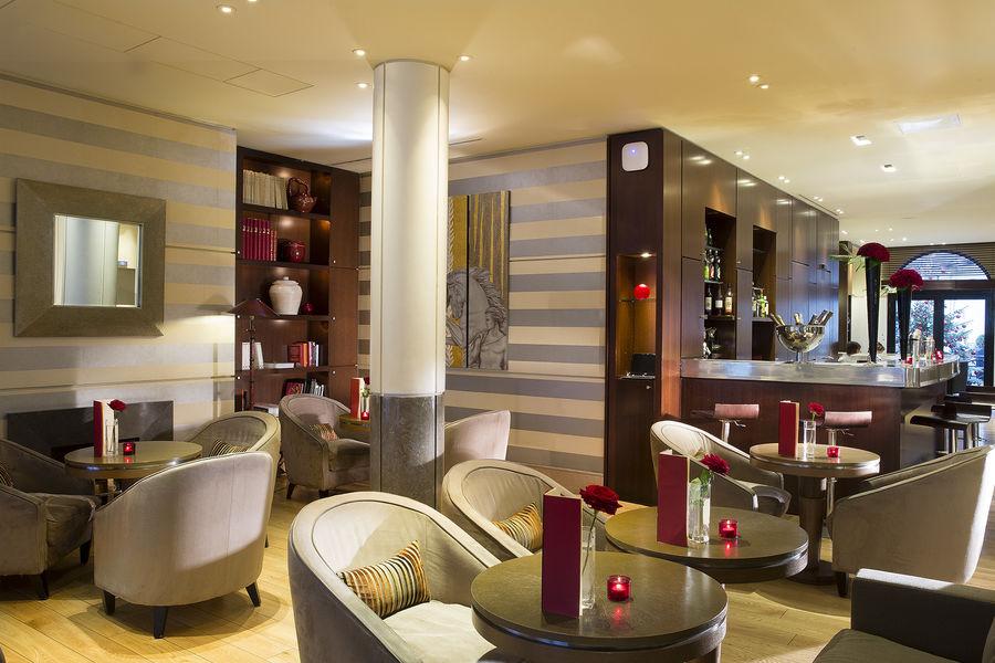 Radisson Blu Hôtel Champs Élysées ***** Bar