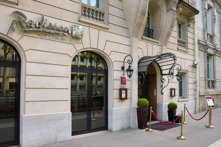 Radisson Blu Hôtel Champs Élysées ***** Radisson Blu Hôtel Champs Élysées *****